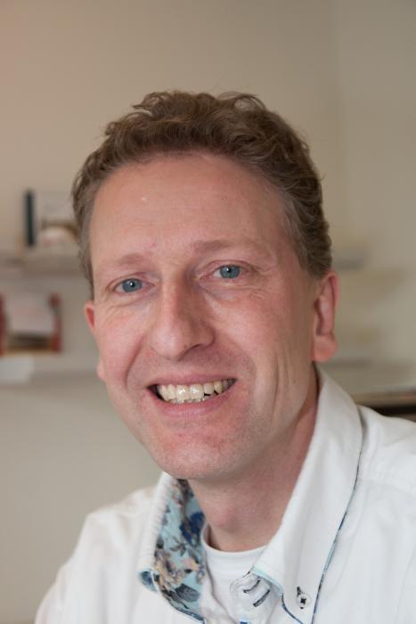 Tandtechniek in Doetinchem, Implantoloog nabij Zevenaar, immediaatprothese regio Bronckhorst